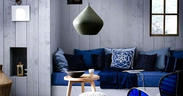 How to Decorate with the Blue Living Room Ideas : Dark Blue