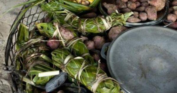 Fish pork chicken breadfruit potatoes everything for Edible hawaiian fish