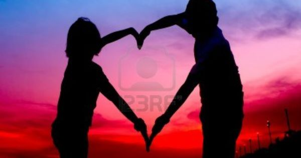 Silhouette Young Couple Making Heart Shape With Arms On Beach Heart Shaped Hands Silhouette Couple Shadow Hand shaped love wallpaper in sunset