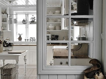Reuse An Old Window As A Partition Wall Pin Your Home Old Windows Pinterest Partition