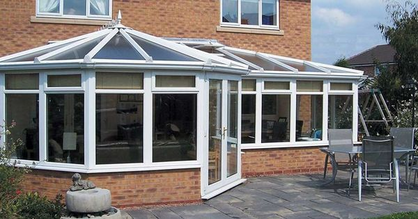 Find The Best Conservatories In Edinburgh Tt Construction Offers High Energy Conservatories That Makes You Feel Warm During T Conservatory Conservatory Kitchen