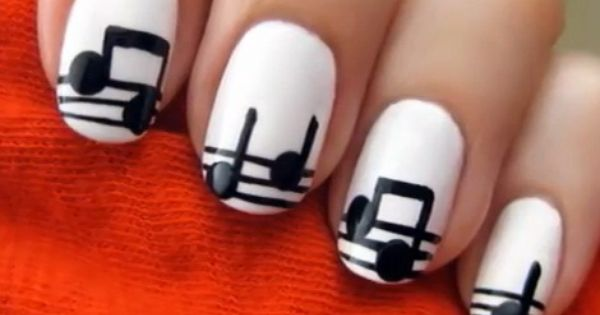 Music Notes- I just think this is the coolest nail art ever.