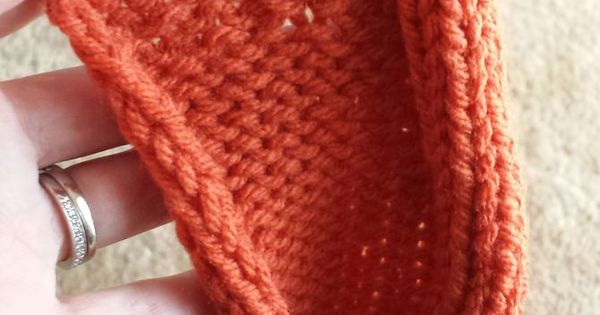 Knitting Stitch To Prevent Curling : Stop the Edges from Curling when Knitting a Scarf Stickning, Stickat och Vi...