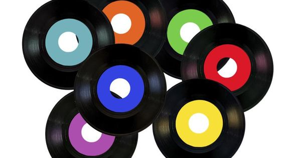 How to Make Table Centerpieces Out of Old 45 Records | 45 records, Centerpieces and Class ...