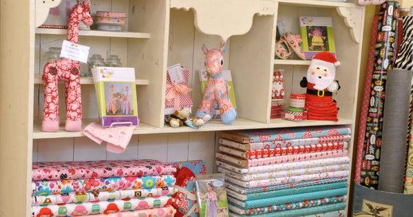 dsc 5839 strawberry patches quilt store bernina dealer in bakersfield ca winkel. Black Bedroom Furniture Sets. Home Design Ideas