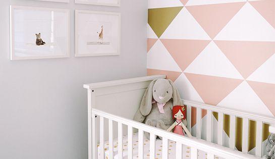 ... Déco Pour La Chambre Bébé  Triangles, Chambres de bébé et Bébé