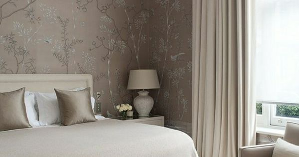 chambre a coucher taupe mur taupe couleur taupe rideaux. Black Bedroom Furniture Sets. Home Design Ideas