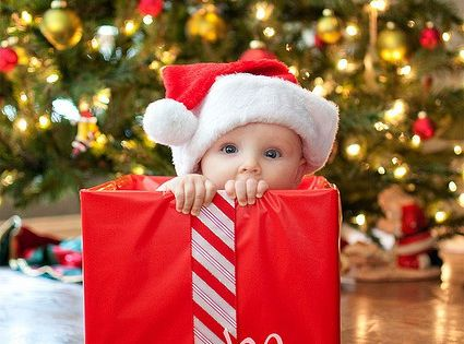 Baby Photo : Ideas For Fun Baby Photography - Christmas Baby Photo