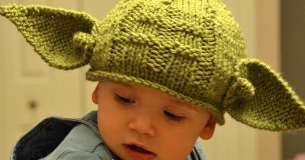 Baby Yoda hat - I LOVE!
