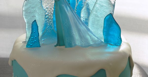 elsa die eisk nigin als torte elsa from frozen as a cake ideen f r kinder pinterest. Black Bedroom Furniture Sets. Home Design Ideas