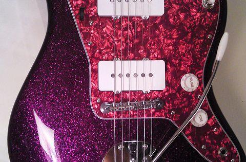 fender j mascis jazzmaster guitar in purple sparkle with pink pearlescent pickguard guitar. Black Bedroom Furniture Sets. Home Design Ideas