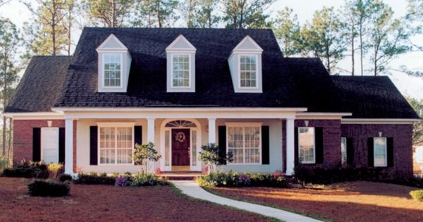 Southern house exterior design house plans traditional for Cape cod house exterior design
