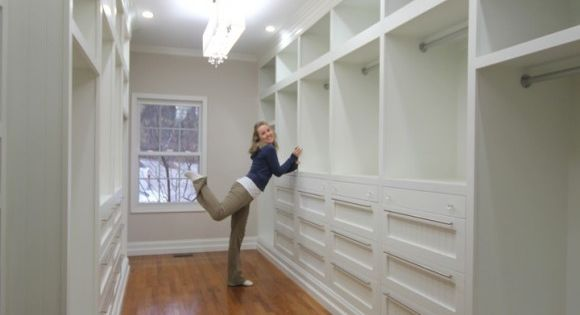 Serious Closet Envy: Master Closet by sawdustandpaperscraps who even included a built