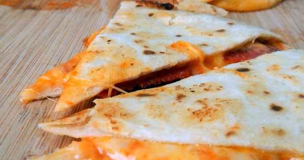 Num's the Word: These easy Pizza Quesadillas are ready in 10 minutes
