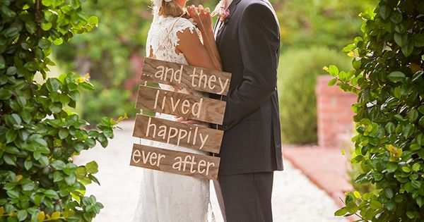 Rustic Southern Wedding Inspiration | Glamour & Grace Wedding Photo