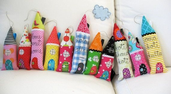 FABRIC SCRAPS: Fabric Scrap Houses Projects Inspiration Ideas
