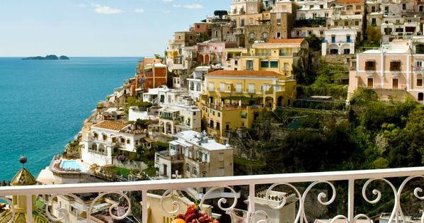 Hotels in Positano with Amazing Views Le Sirenuse The spectacular Hotel Le