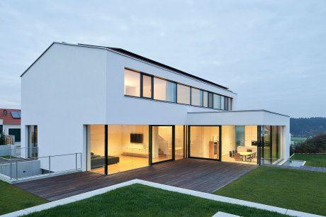 Satteldach L Form Haus Architektur Architektur Und Cube Haus
