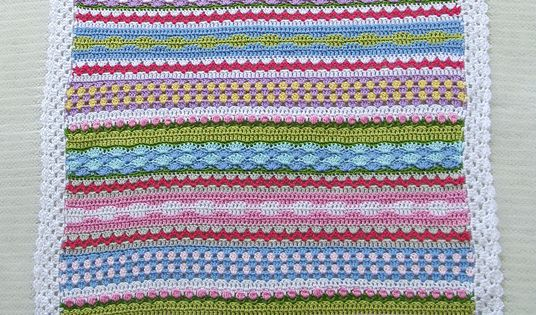 Crochet Patterns Dk Weight Yarn : Fantasy Blanket crochet pattern - Made from medium weight yarn (DK ...
