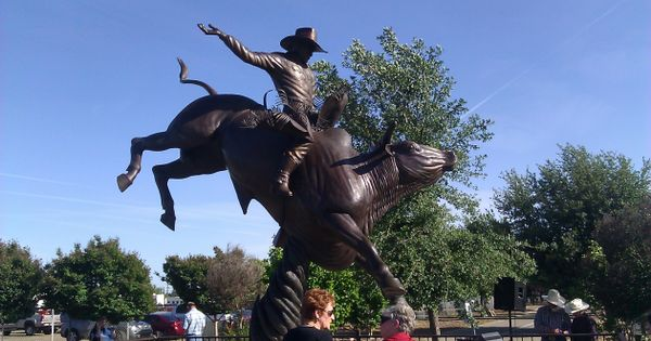 100th Clovis Rodeo Opens With Honors For Bull Riding