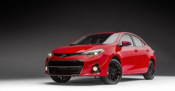 Toyota To Create Turbulence In Windy City With Sporty Camry And Corolla Special Editions Toyota Usa Newsroom Toyota Corolla Sport Toyota Corolla Toyota Camry