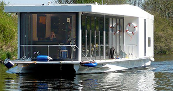 Nomad Solar Powered Houseboat Floating House House Boat Architecture House