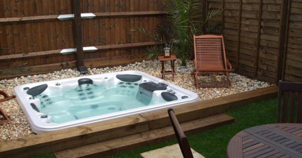 Build deck around jacuzzi piscinas pinterest for Recherche hotel avec jacuzzi dans la chambre
