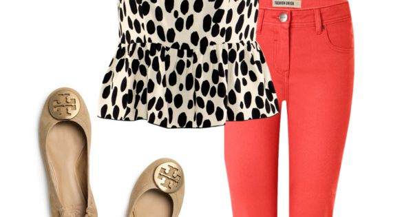 Such a cute outfit! Love the coral pants!