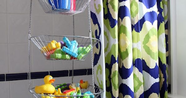 Bath toy storage idea-- definitely need to do this for my kids'