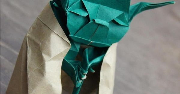 Yoda origami- awesome. Makes me want to buy green paper.