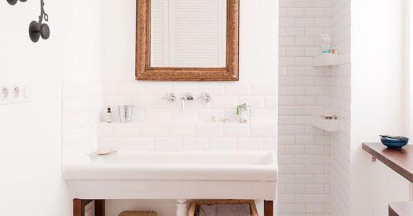 Douche derri re la vasque salle de bain pinterest for Derriere la salle de bain
