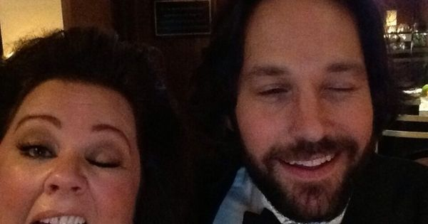 This photo of Paul Rudd and Melissa McCarthy: | 19 Oscar Moments