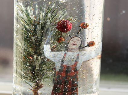 Super cute idea... Homemade snow globe