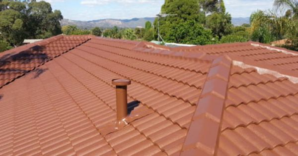Tile Roofs Have A Kind Of Classic Appeal Combined With A Bold Durable Look This Roof May Be With The Home As Long As The O Roof Restoration Roof Curb Appeal