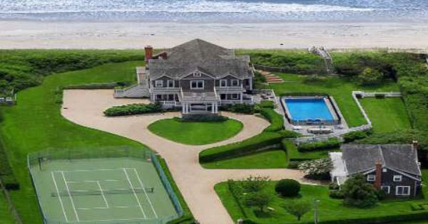 Amazing Estate In Southampton Seriously Dream Beach Houses Waterfront Homes Beach House Decor