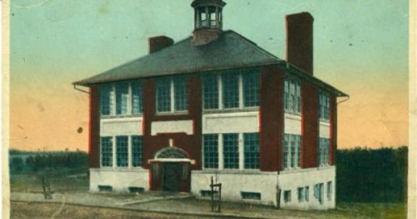 C 1910 Victoria Va Victoria High School Building Postcard School