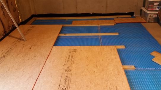 Dmx 1 Step 100 Sq Ft 3 67 Ft X 27 Ft 6 In Unique Air Gap Underlayment Prevents Mold And Mildew Dmx 1 Step The Home Depot Basement Flooring Options Finishing Basement Basement Flooring