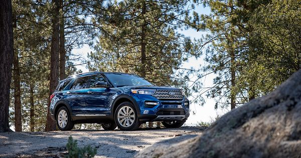 Librarian Approved First For Ford Innovation Makes All New 2020 Ford Explorer Interior The Quietest Yet Ford Explorer Ford Automobil