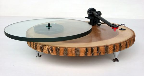 45 Terrific Tree Trunk Creations - From Woodland Record Players to Tree