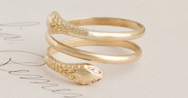 Two-Headed Snake Ring Eiricaweiner.com Some very cool antique and reproduction jewelry.