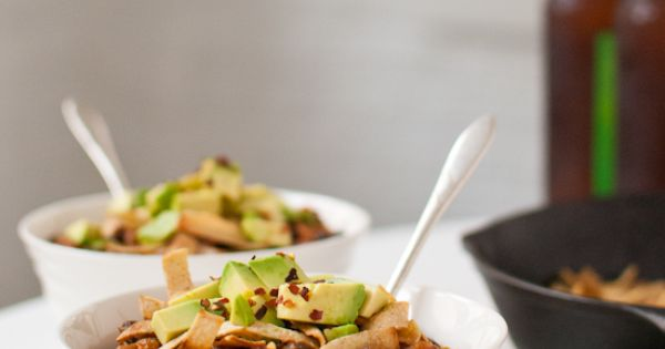 Beef & Black Bean Chili With Chipotle & Avocado Recipe — Dishmaps