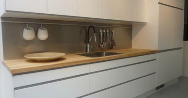 La cuisine saison 2 ikea plan de travail bois et cuisiner - Installation plan de travail ikea ...