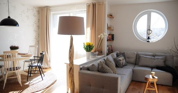 moderner landhaussstil kommode als raumteiler zwischen. Black Bedroom Furniture Sets. Home Design Ideas