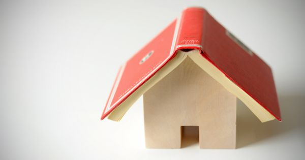 diy house-shaped book holder for your nightstand--cute idea!!