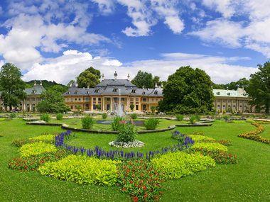 Lustgarten Im Schloss Park Pillnitz Das Grune Herz Dresdens Grosser Garten Dresden Elberadweg Dresden