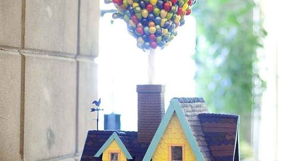 Birthday cake inspired from the movie UP
