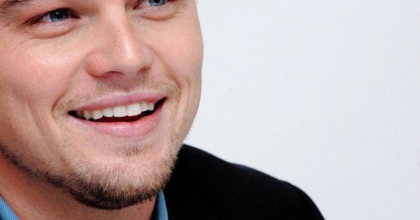 Leonardo Dicaprio - one of the best movie actors! Amazing in every