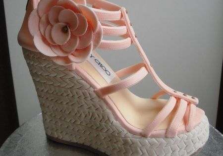 wedge shoe cakes | Jimmy Choo shoe cake! ~ Don't know if