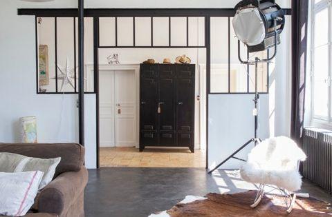 ecole vendre dans le perche superbement r nov e industriel fen tre et peau de vache. Black Bedroom Furniture Sets. Home Design Ideas