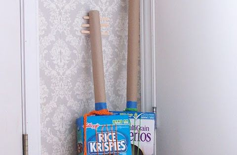 Great summer fun activity for kids - DIY Cereal Box Guitars. Your